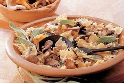 salata-od-gljiva-i-testenine