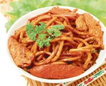 Kineska salata od mesa i rezanaca
