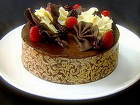 Sacher torta sa jagodama